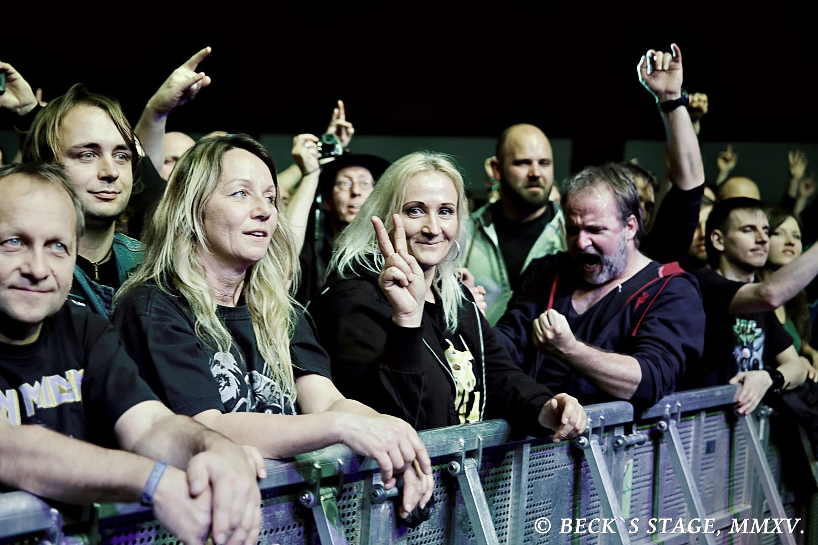 OXMOX Review: ACCEPT 04.12., Sporthalle › REVIEWS › OXMOX das ...