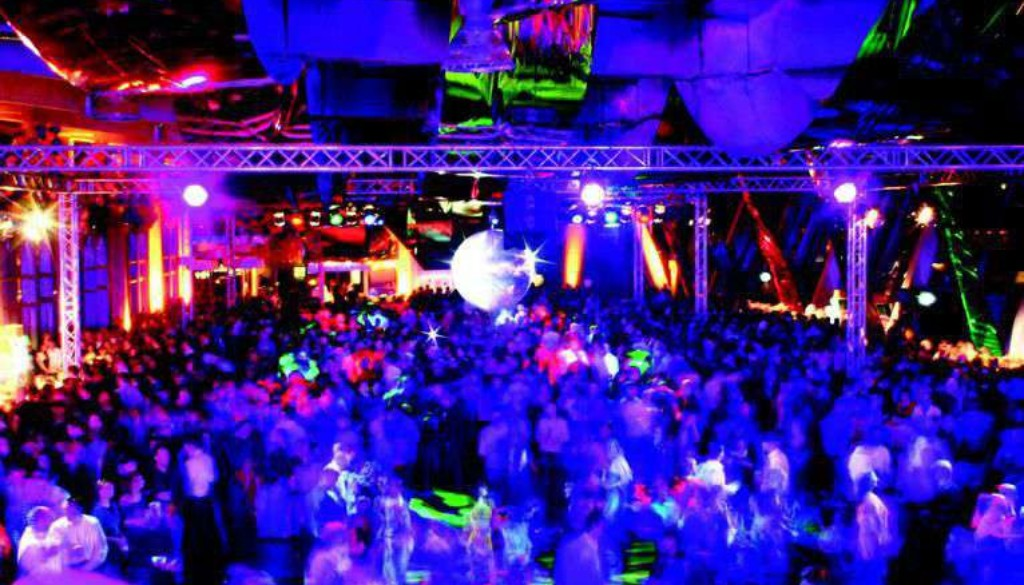 K640_Silvester Cruise Center 2011 3 - Kopie