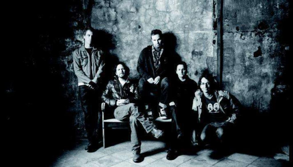 Pearl Jam (c) Danny Clinch