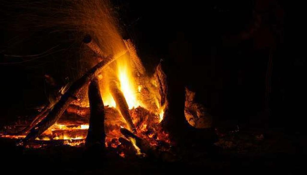 fire-343785_640