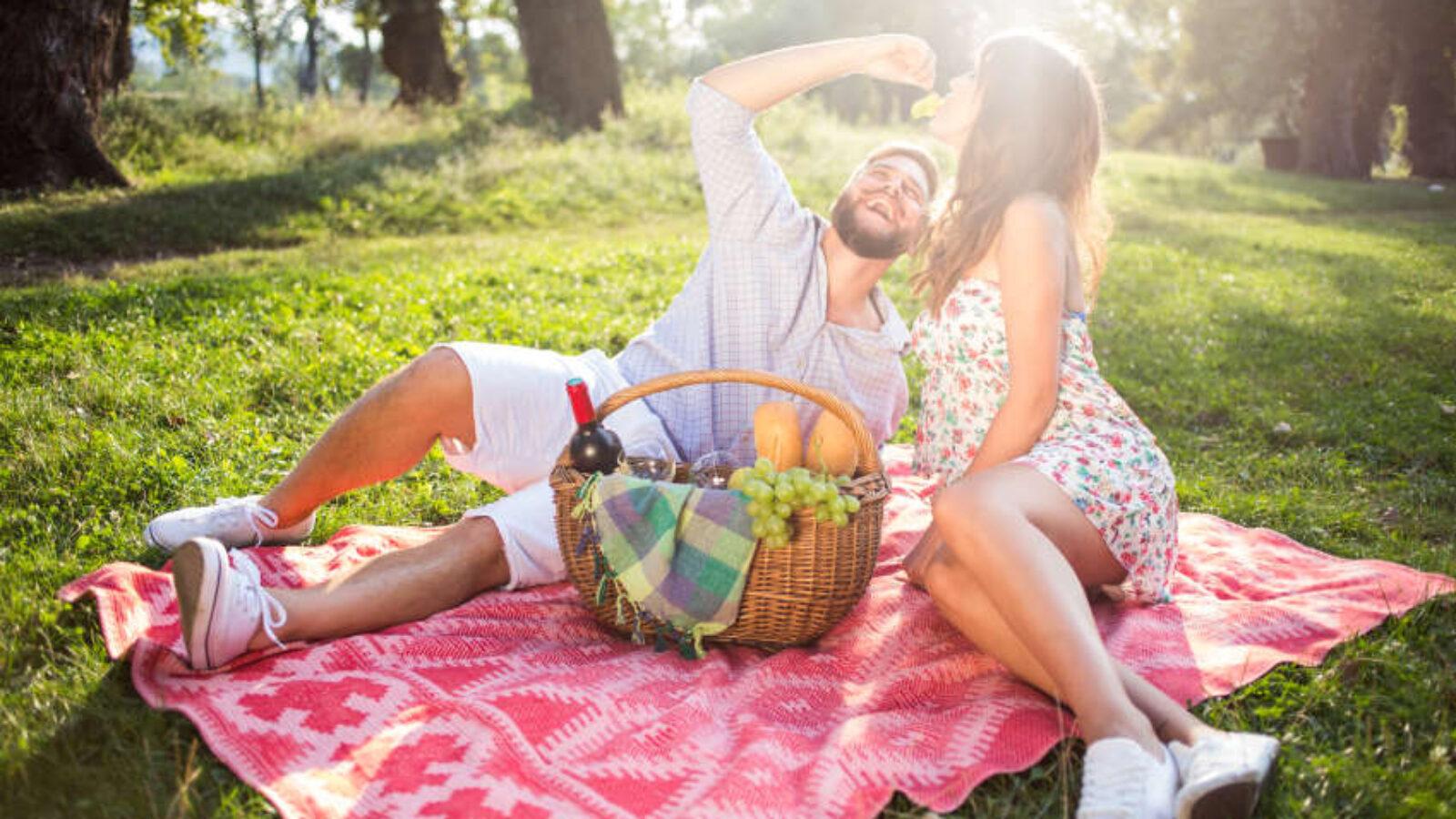 Hamburgs romantische Seiten — die besten Plätze für ein Picknick zu zweit