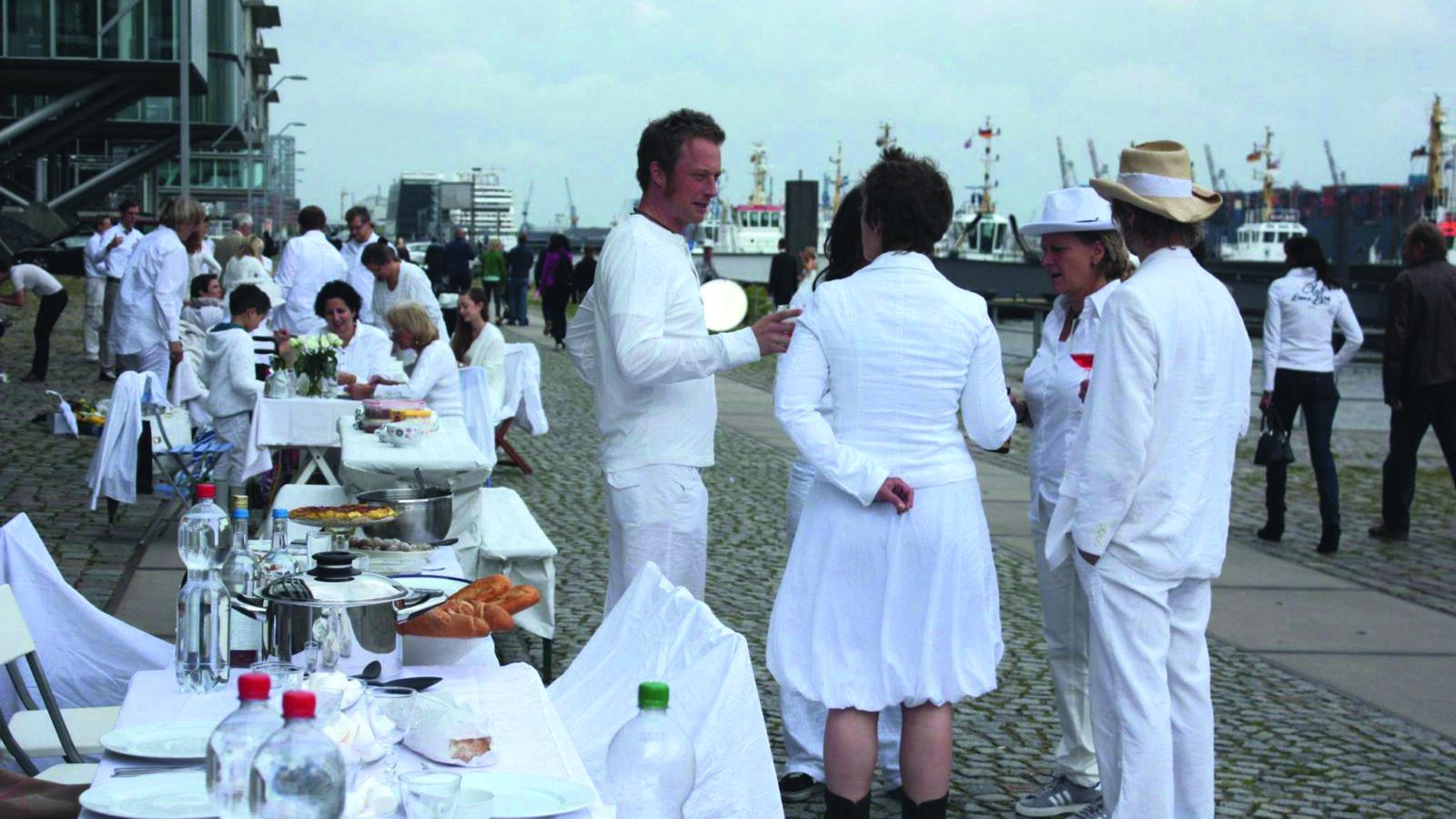 OXMOX Tipp: Hamburg picknickt weiß