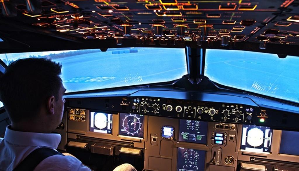 Cockpit_Person_800