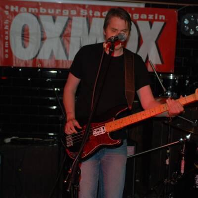 DSC 1479 400x400 - OXMOX PRESENTS: EXKL. FOTOS DER 32. HAMBURG-BANDCONTEST, VIERTELFINALE - Find Hutch! Melodic Punk aus Hamburg