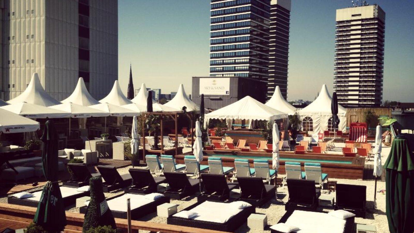 OXMOX Außengastro-Tipp: Restaurant Sky & Sand Beachclub