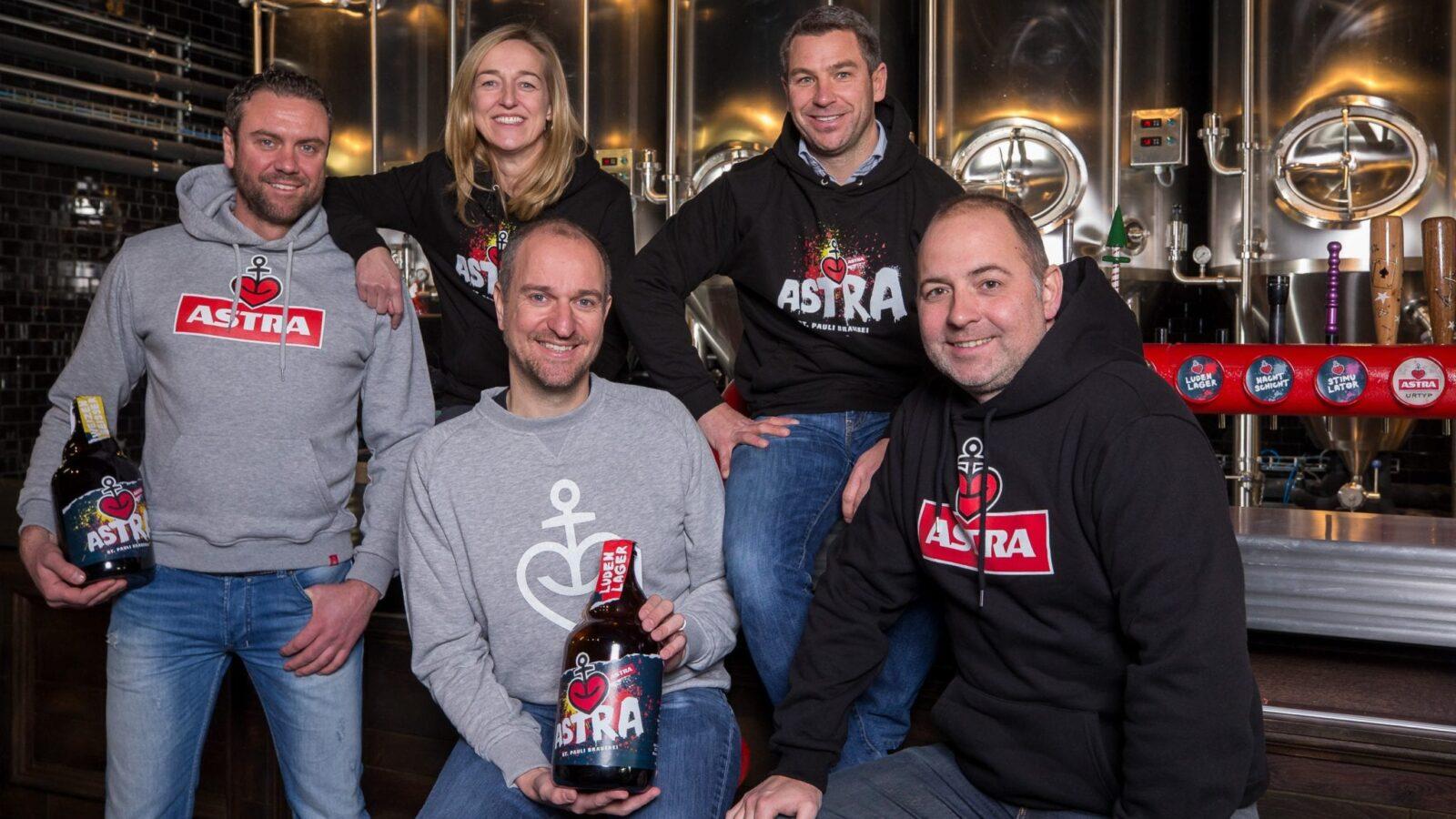 Eröffnung der Astra Brauerei-Kneipe