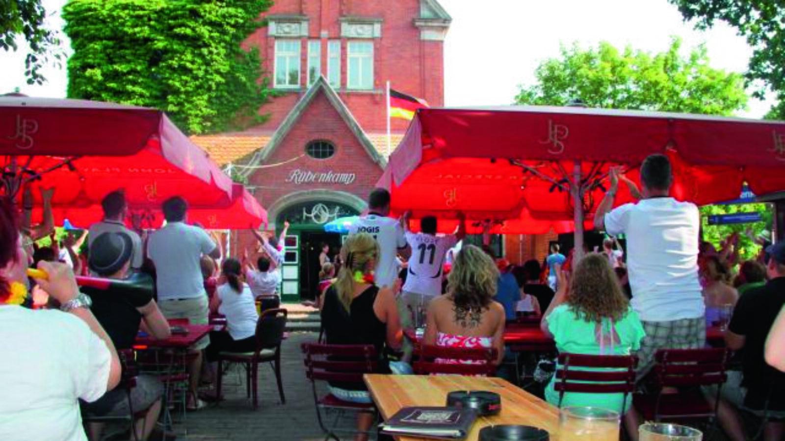 """""""Alsterwasser & Co"""": Die Top 8 Biergärten"""