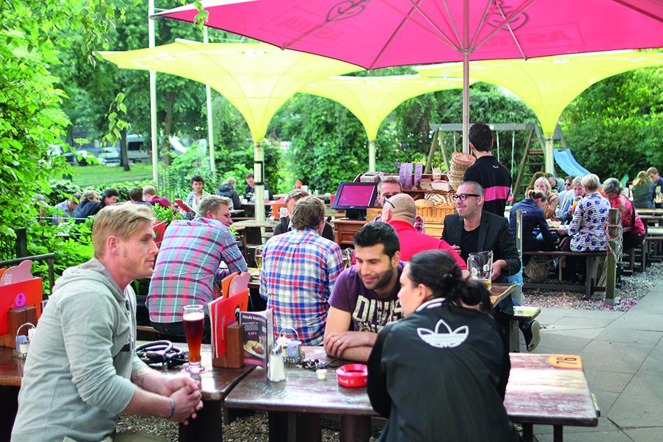 """Schweinske - """"Alsterwasser & Co"""": Die Top 8 Biergärten"""