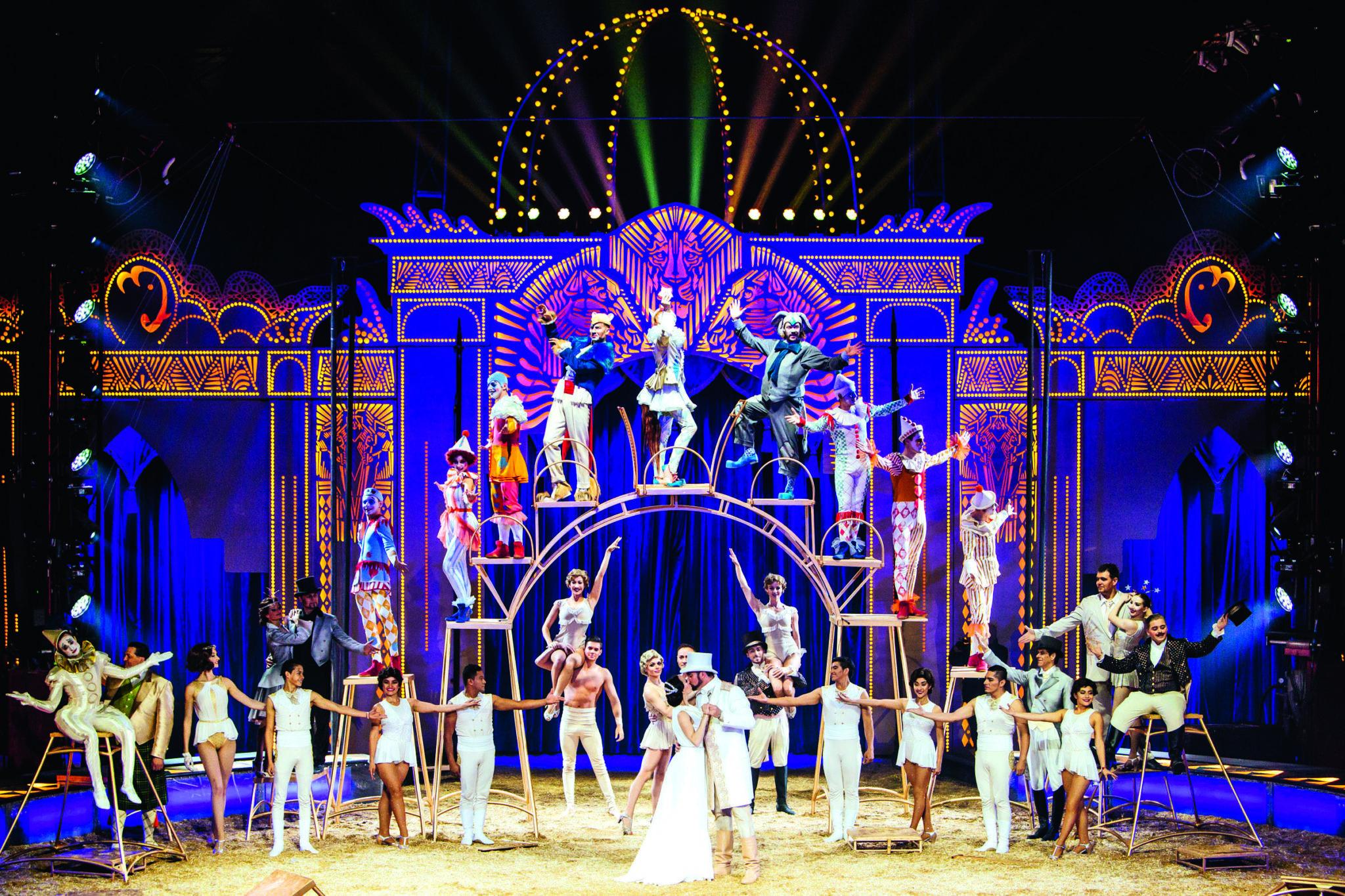 "Foto Circus Krone.de  1 - Circus Krone: Die neue Show ""Mandana – Circuskunst neu geträumt"""