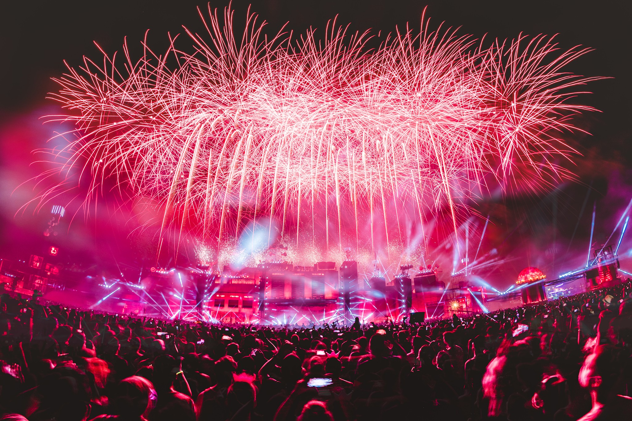 PV18 mainstage fireworks night ©Julian Huke - Euer Festival-Sommer Teil 2 + Verlosungen!!