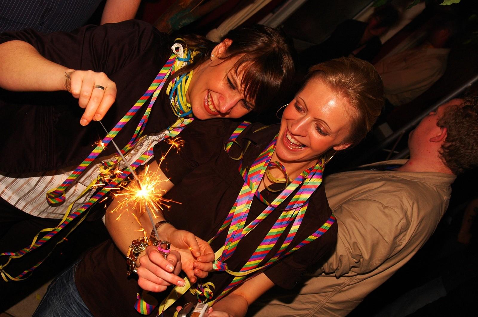 Cafe Seeterrassen Gäste - OXMOX verlost Tickets: Die besten Silvester-Partys