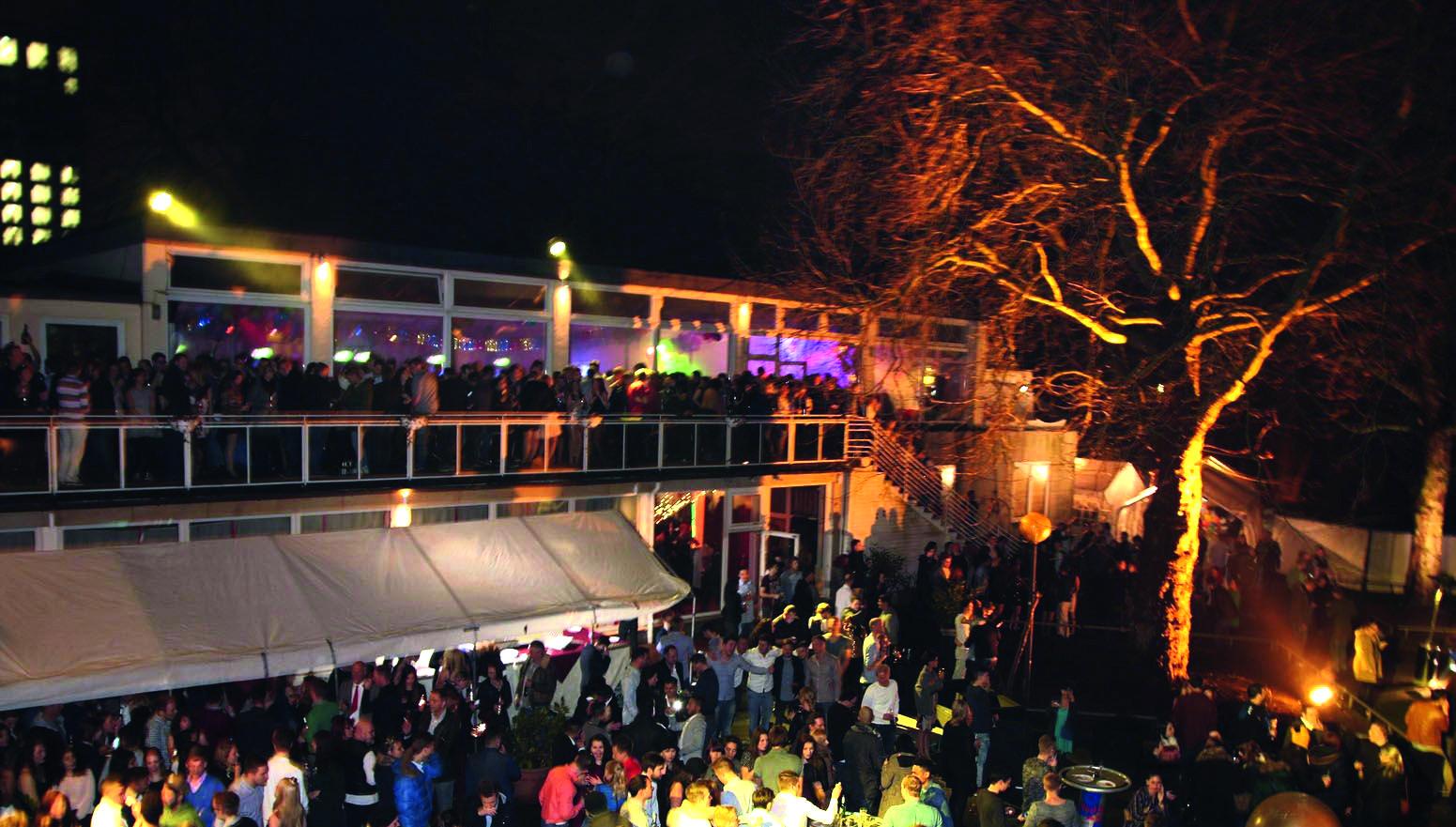 Cafe Seeterrassen Park - OXMOX verlost Tickets: Die besten Silvester-Partys
