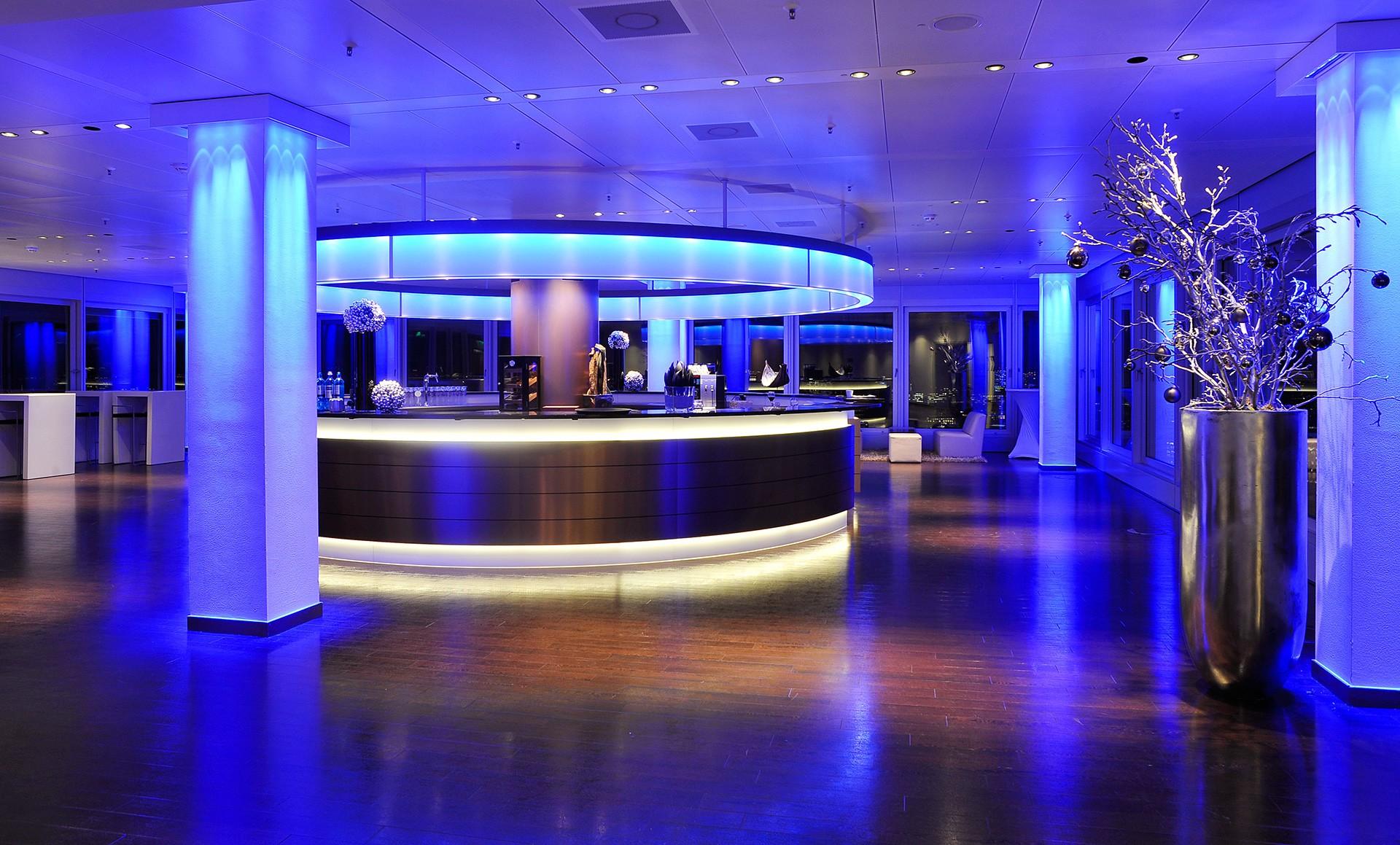 Nord Event NE Logenplatz 2 - OXMOX verlost Tickets: Die besten Silvester-Partys