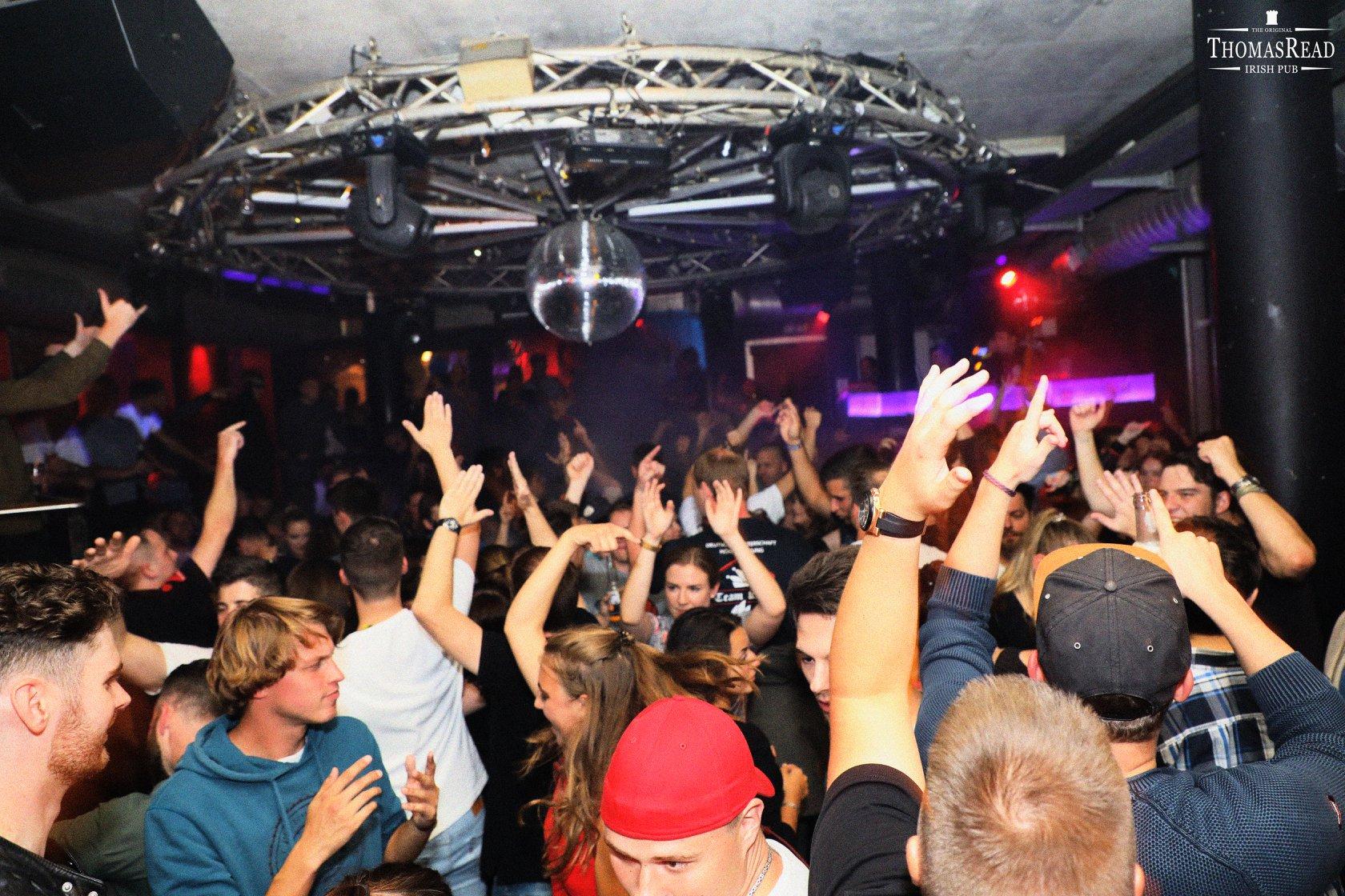 Thomas Read 3 - OXMOX verlost Tickets: Die besten Silvester-Partys