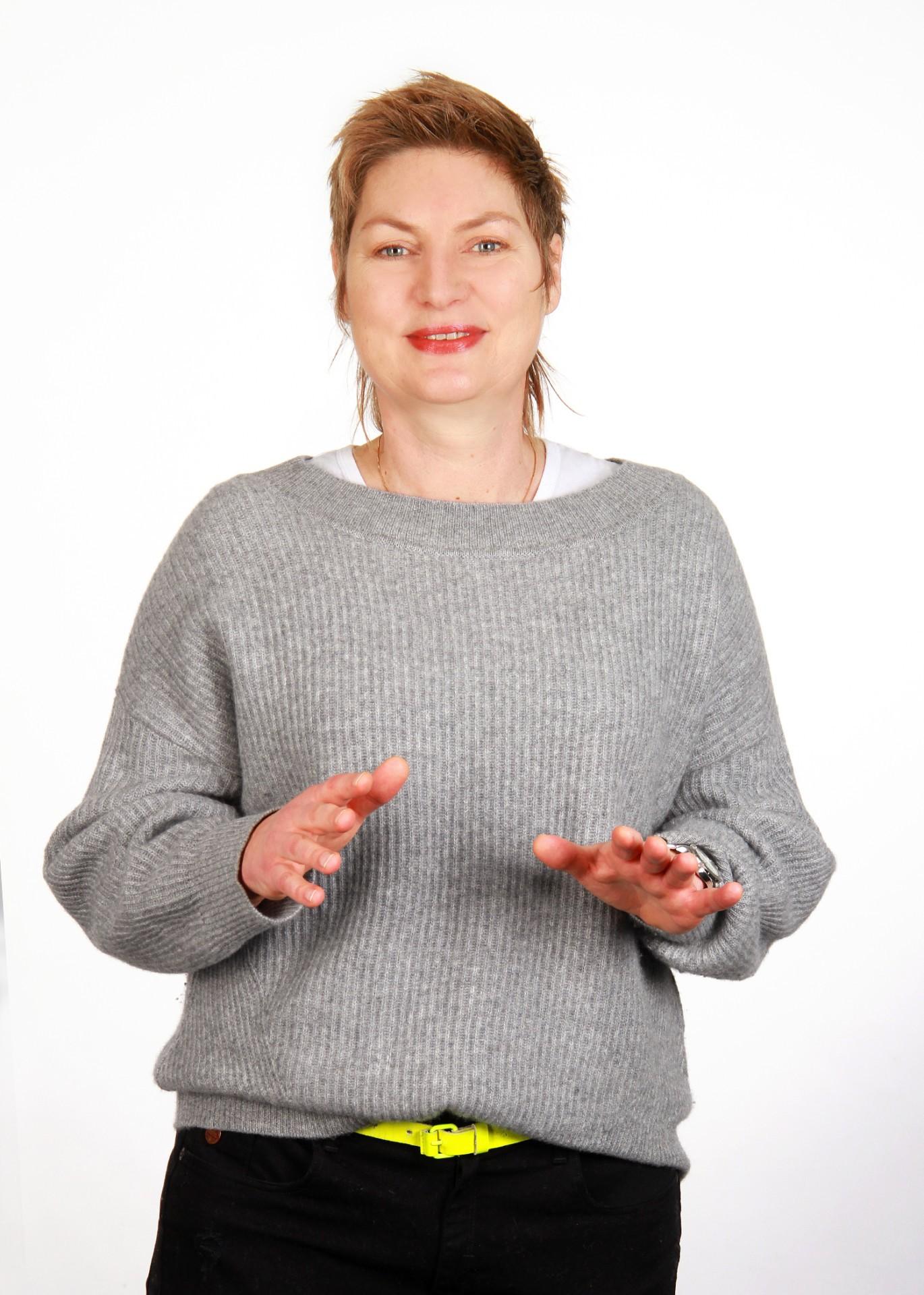 Katrin Kuntze Freie Wähler - OXMOX Parteien-Check: Bürgerschaftswahl Hamburg 23. Februar
