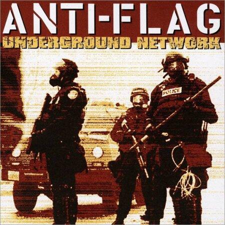 3 450x450 - Anti-Flag: VEREINEN STATT SPALTEN