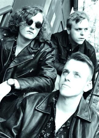 Fading Bloom neu 324x450 - HAMBURG-BANDCONTEST: Die Bands 2020