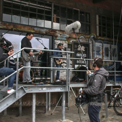 unbenannt 0009 1 400x400 - Livemusik im Autokino im Hamburger Oberhafen