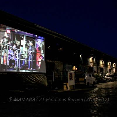 unbenannt 0089 400x400 - Livemusik im Autokino im Hamburger Oberhafen