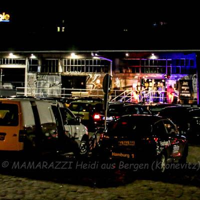 unbenannt 0211 1 400x400 - Livemusik im Autokino im Hamburger Oberhafen