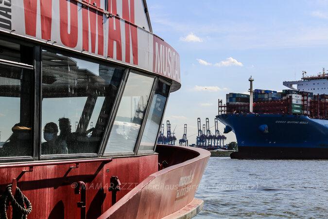unbenannt 0216 675x450 - Der Hafen von Hamburg am Vatertag