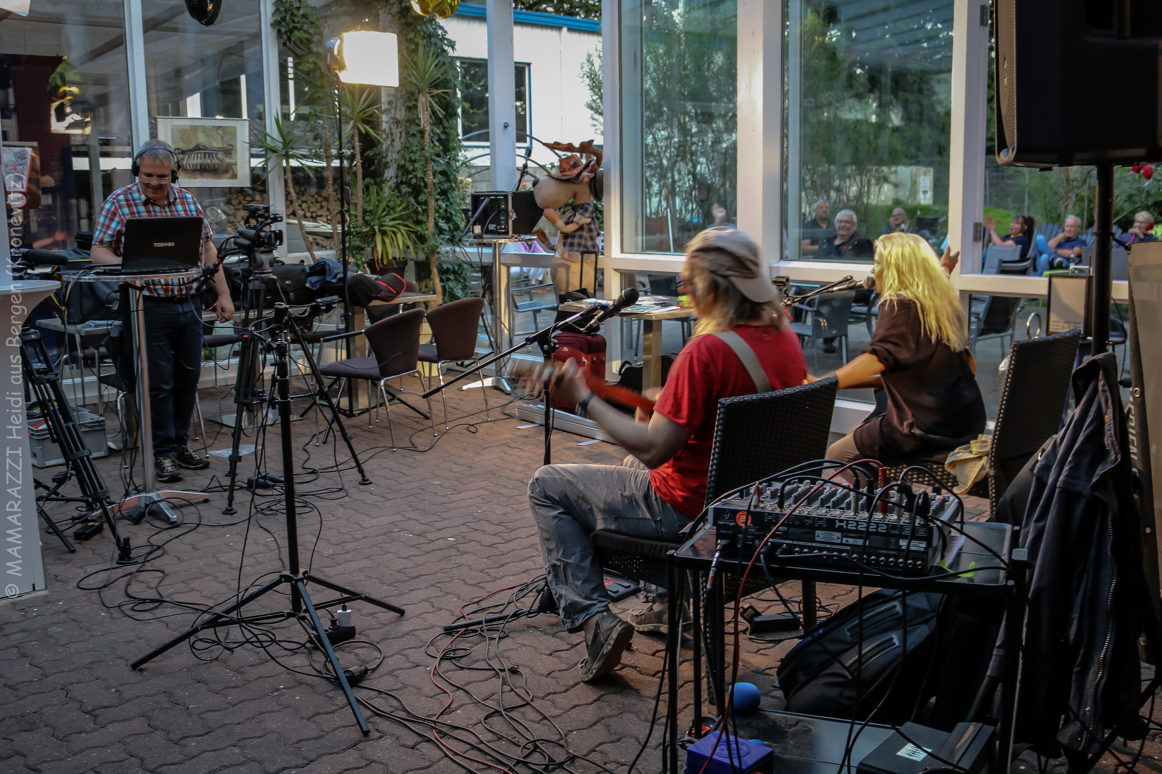 unbenannt 0183 scaled - Soltoros im Livestream der Bergedorfer Zeitung im Smux Geesthacht