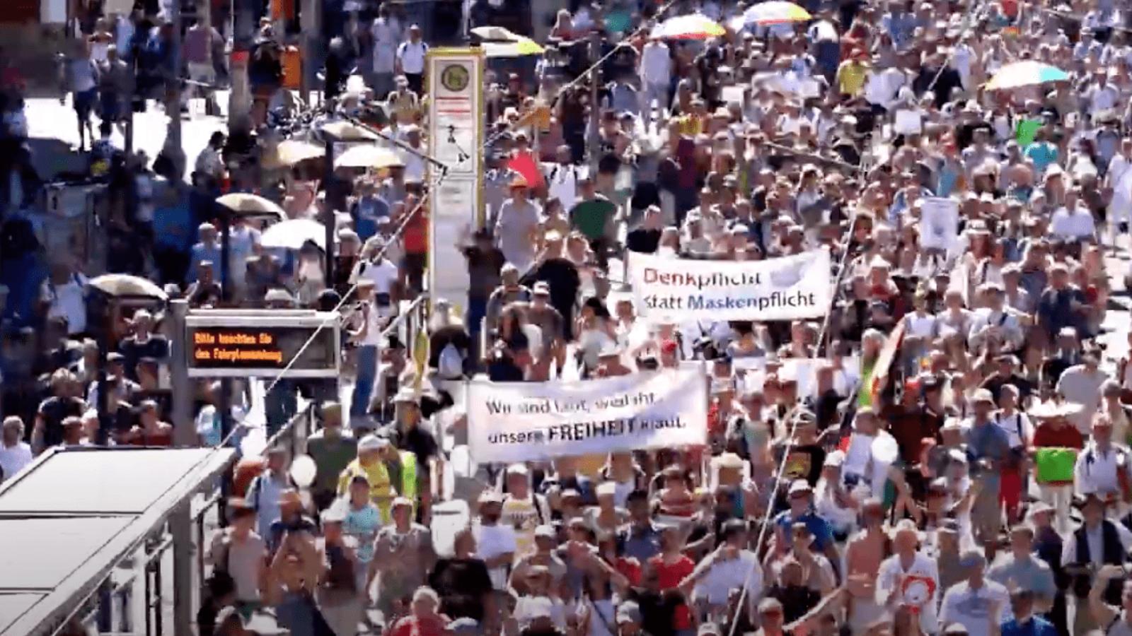 """OXMOX Doku: """"Berlin invites Europe - Fest für Freiheit und Frieden"""""""