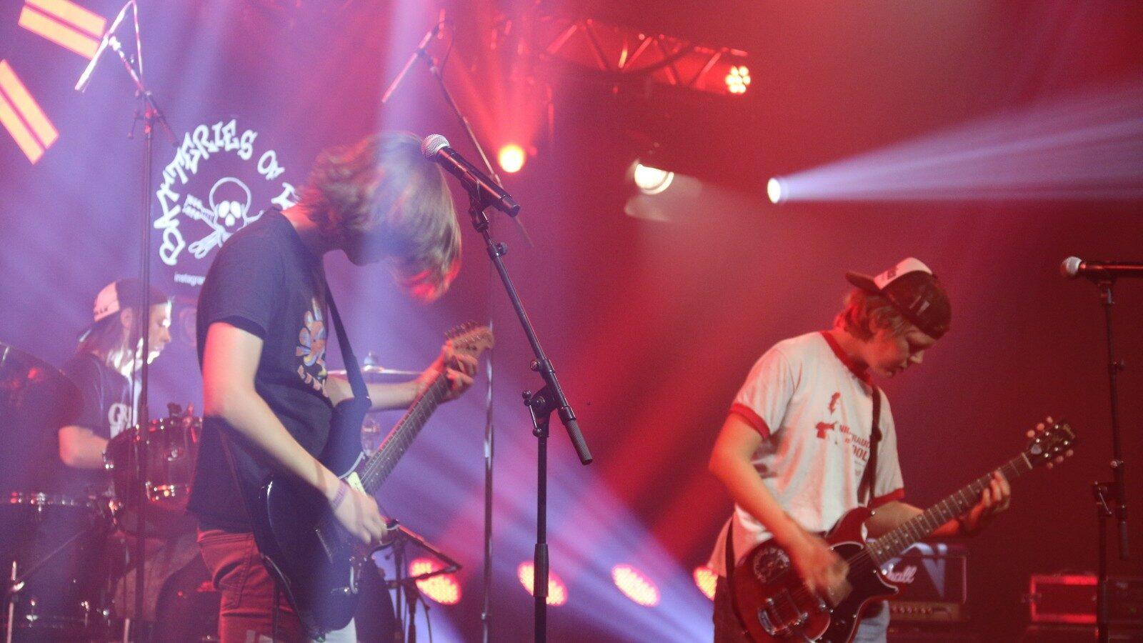 So., 08.08., OXMOX präsentiert: Hammer Sommer Festival mit Abi Wallenstein, Batteries of Rock, Panik Power Band,   u. a., Hammer Park (Festivalfläche), 5,- €