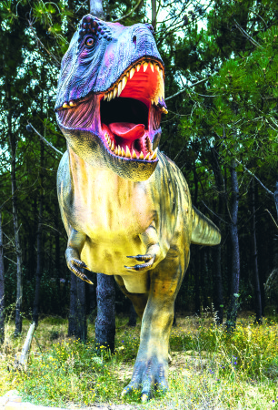 T rex 306x450 - VERLOSUNGEN im September!