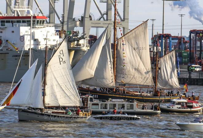 Die Peking (ein Viermaster) ist wieder in Hamburg