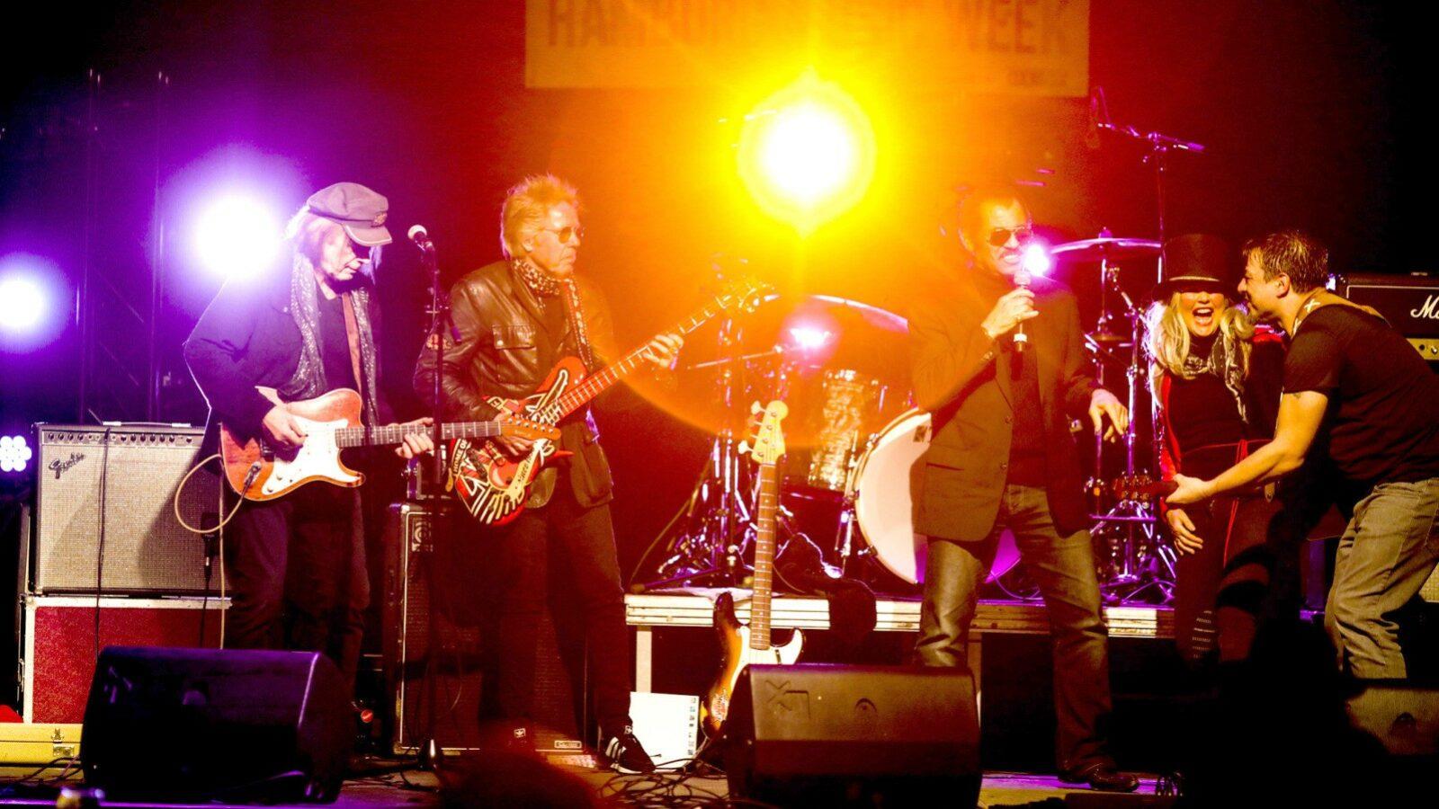Sa, 14.08.  OXMOX präsentiert: Hammer Sommer Festival mit Rudolf Rock & die Schocker u. a., Hammer Park (Festivalfläche), 5,- €
