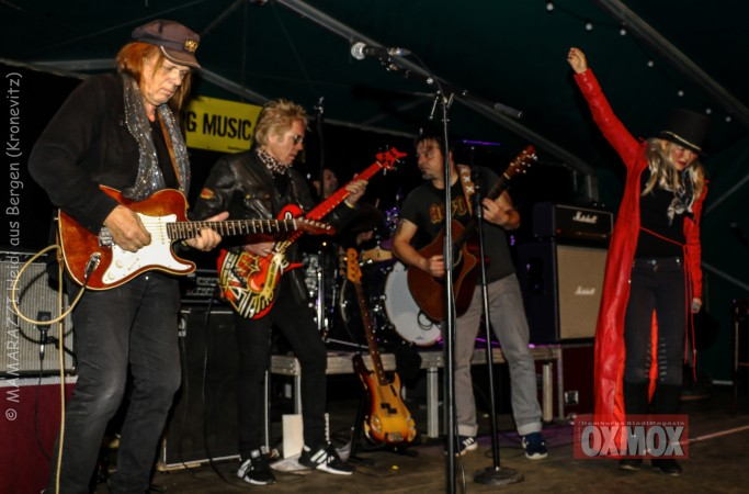 unbenannt 0222 683x450 - Hamburger Musik Week- Oxmox-Susi Salm-Rudolf Rock und Käptn Kaos