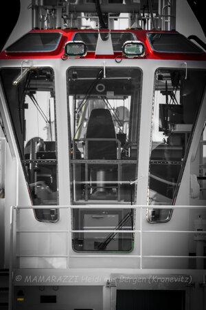 unbenannt 0003 300x450 - Der Hamburger Hafen im CORONA-Frühling