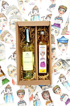 Geschenkpackerl Biosirup spritzig ©lee 2021 299x450 - Vatertag: Coole Rezepte & originelle Geschenkideen