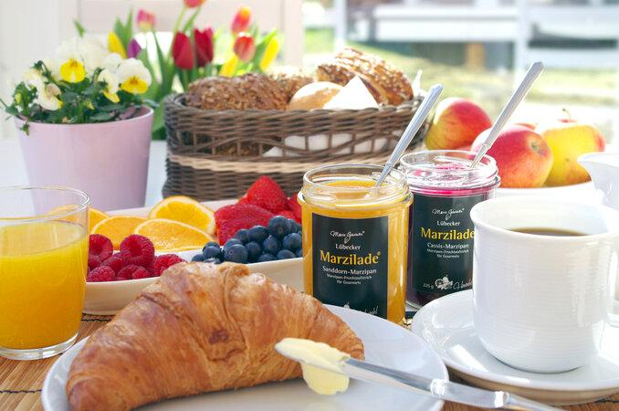 Gross abbilden Schneewittchen 678x450 - Frühstück De Luxe zum Muttertag