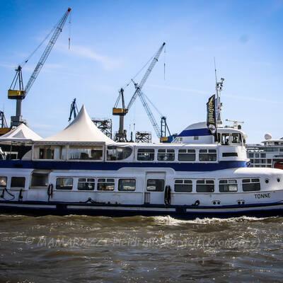 unbenannt 0094 400x400 - Hamburger Hafengeburtstag 2021