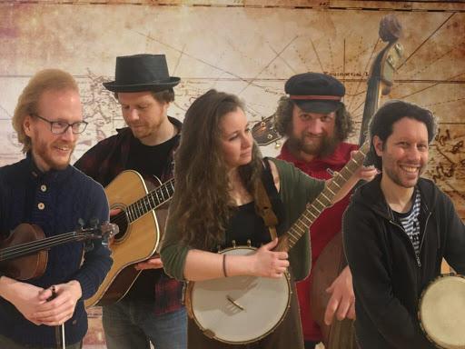 folks on planks - Stream-Konzerte: VNV Nation, 3 m Feldweg, Folks on planks