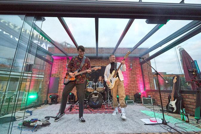 musicunderglass 1 SuperWang 24 674x450 - OXMOX Top-Tipps: Hammer Fest, Stadtfest & Co.