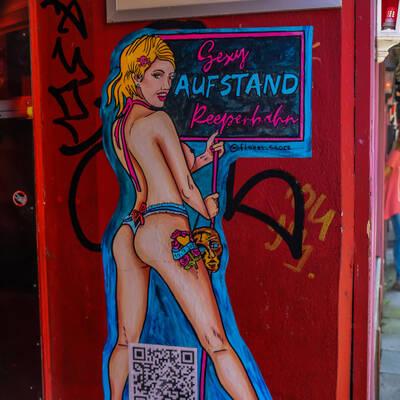 unbenannt 0039 400x400 - Sexy Aufstand in der Herbertstrasse
