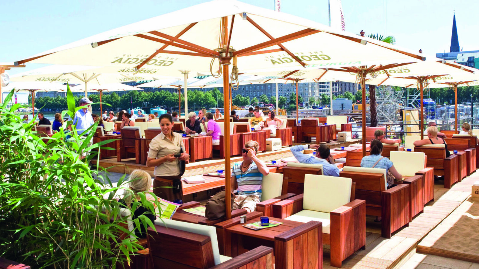 OXMOX Außengastro-Tipp: Restaurant ALEX Alsterpavillon