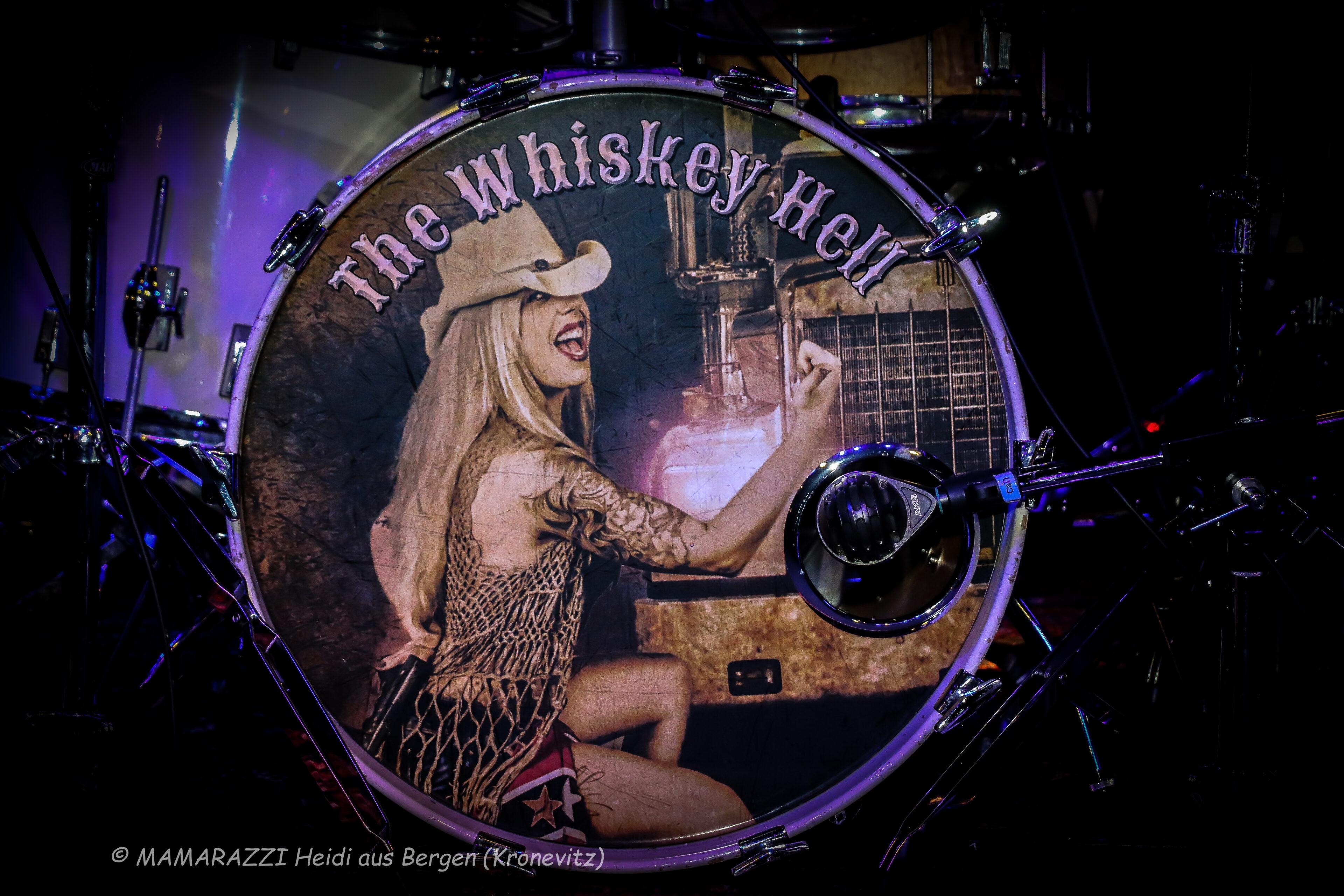 the whiskey hell im happy billiard bergedorf 37 mfrh original scaled - the Whiskey Hell im Happy Billiard Bergedorf